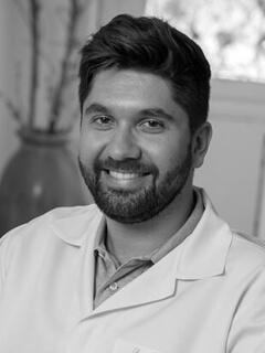 Dr. Dentista Marcos André de Moura Santos