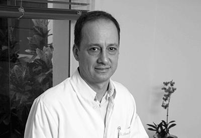 Dentista Marcos Bergami