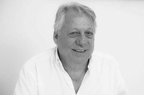 Dentista Moacir Bergami